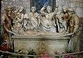 Basilique St Remi 14.jpg
