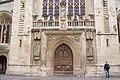 Bath Abbey (17182967169).jpg