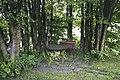 Benk og bord ved Skreia stasjon 09-09-19.jpg