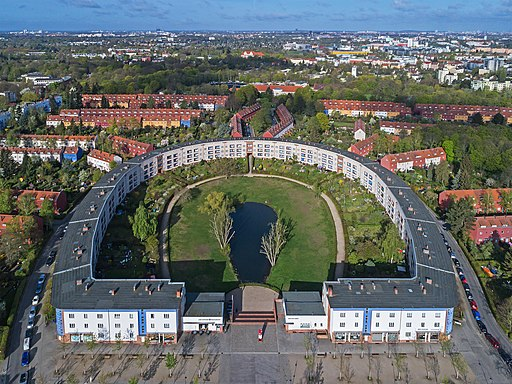 Berlin Hufeisensiedlung UAV 04-2017
