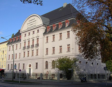 Former Jewish orphanage in Berlin-Pankow Berlin Pankow orphanage.jpg