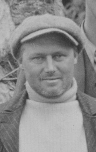 Bernard Aston - Aston in 1907