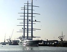 Black Pearl (yacht) - Wikipedia