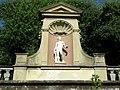 Boboli, anfiteatro, nicchia 01 ercole da michelangelo (forse).JPG