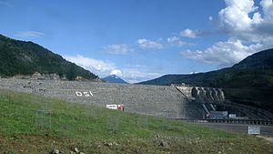 Borçka dam, view from the road. Province of Arrtvin, Turkey.JPG