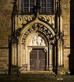 Bremen bei Nacht - St. Petri Dom - Brautportal.jpg