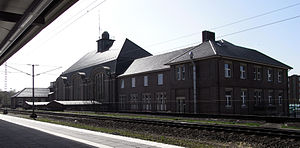 Bremerhaven Hauptbahnhof - The rear of the station building