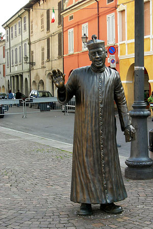 Don Camillo - Don Camillo statue in Brescello