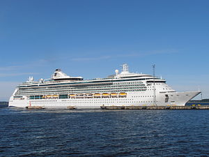 Brilliance of the Seas in Tallinn 9 August 2012.JPG