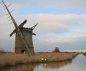 Brograve Mill - Mill on Waxham New Cut: view due north, 2.5 km to dune levee at North Sea, Jan. 2012