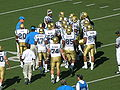 Bruins in huddle at UCLA at Cal 10-25-08.JPG