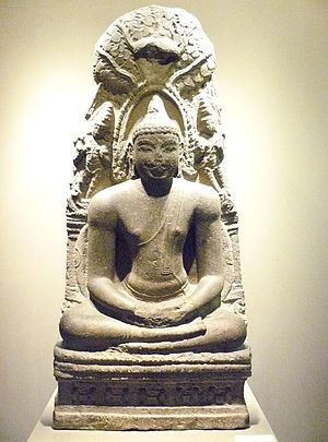 Bodhi Tree - Sculpture of the Buddha meditating under the Mahabodhi tree