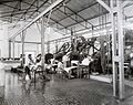 COLLECTIE TROPENMUSEUM Interieur fabriek rubberonderneming Serpong TMnr 60016116.jpg