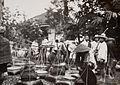 COLLECTIE TROPENMUSEUM Pikolans op de markt in Tasikmalaja TMnr 60016862.jpg