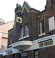 Caernarfon Crown pub sign.jpg