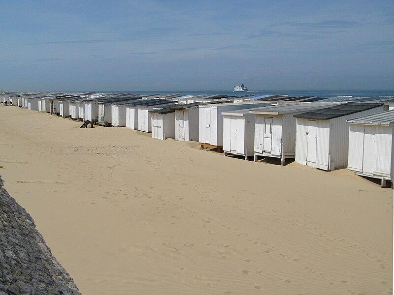 Fichier:Calais cabines de plage.jpg