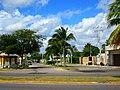 Calle Othón P. Blanco esquina Boulevard Bahía. - panoramio.jpg