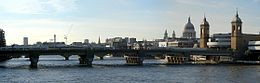 Cannon street railway bridge 2.jpg
