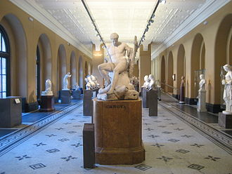 Antonio Canova - Theseus and the Minotaur, V&A, London