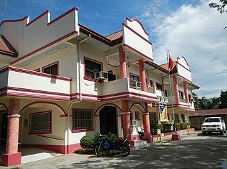 Carranglan, Nueva Ecija - Image: Carranglan Municipal Halljf 4239 04