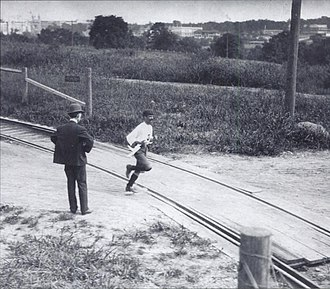 Athletics at the 1904 Summer Olympics – Men's marathon - The Cuban Andarín Carvajal on his way to the fourth place.