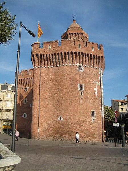 File:Castillet de Perpignan1.jpg