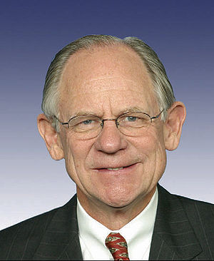 Mike Castle - Mike Castle's official Congressional portrait