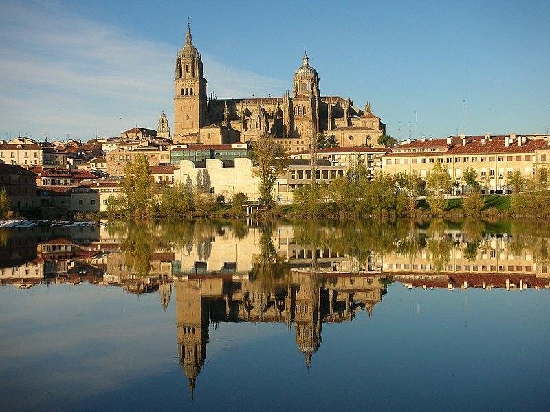 File:Catedral Salamanca.JPG