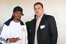 Wikipedia: Michael Arrington at Wikipedia: 220px-Chamillionaire_and_Michael_Arrington