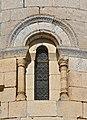 Chancelade 24 Fenêtre chapelle Saint-Jean 2014.jpg
