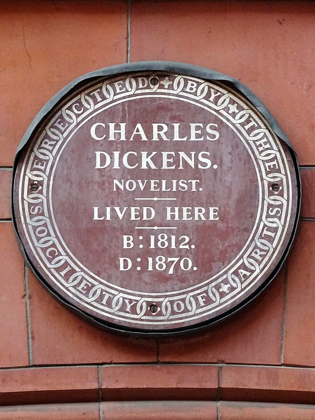 Photo of Charles Dickens brown plaque