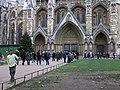 Christmas tree outside Westminster Abbey, London - geograph.org.uk - 2194121.jpg