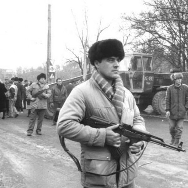 Civilian with PM Md. 1963 during the Romanian Revolution of 1989