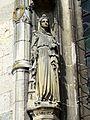 Clermont (60), église Saint-Samson, croisillon sud, portail, statue de sainte Barbe.jpg
