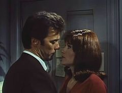 Clint Eastwood-Susan Clark in Coogan's Bluff trailer.jpg