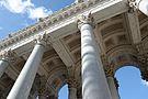 Colonnade and sky of Saint Paul (Rome).JPG