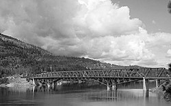 Columbia River Bridge at Kettle Falls, U.S. Route 395 spanning Columbia River, Kettle Falls vicinity (Stevens County, Washington).jpg