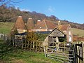 Court Farm Oast, Upper Halling - geograph.org.uk - 1118312.jpg