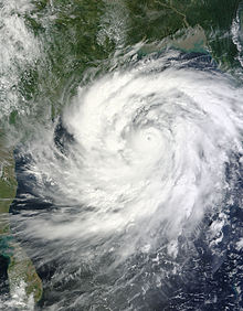 Cyclone Phailin 11 October 2013.jpg