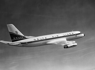 Convair 880 - A Delta Air Lines 880 in flight shortly after delivery: Delta had the second-largest fleet, behind TWA.