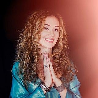 Dana Fuchs American singer and songwriter (born 1976)
