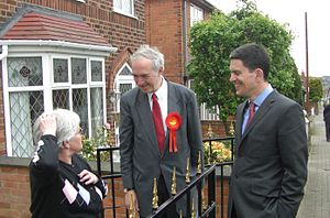 Nick Palmer - Nick Palmer canvassing with David Miliband in Stapleford