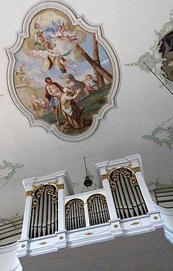Dekanats- und Pfarrkirche St. Georgen 17.jpg