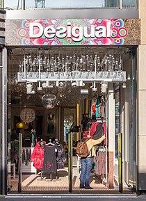 Desigual im DuMont-Carré, Breite Straße 80-90, Köln-2502.jpg
