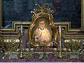 Detail autel Jose Maria Escriva de Balaguer Peterskirche Vienna.jpg