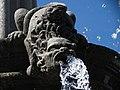 Detalles de la Fuente de San Miguel Arcángel, Zócalo de Puebla 03.jpg