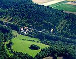 Die Herrgottskirche in Creglingen. Luftaufnahme.jpg