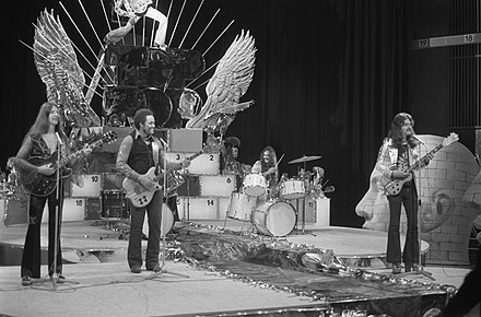 Doobie Bros in Dutch TV show TopPop (January 1974) DoobieBros1974HansPeters.jpg