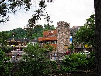 Gatlinburg, Tennessee - Downtown Gatlinburg