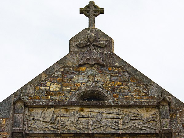 Eglise St Remi detail.jpg